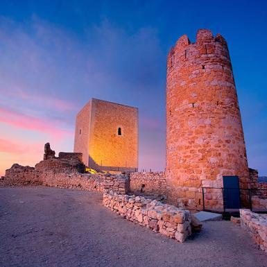 Visita la Ulldecona cultural, el castell medieval i les pintures rupestres